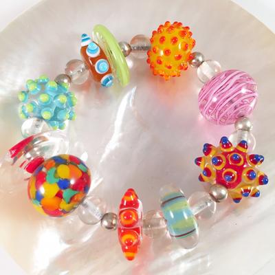 Colorful stretchy bracelet