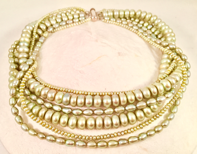 Green pearl necklace