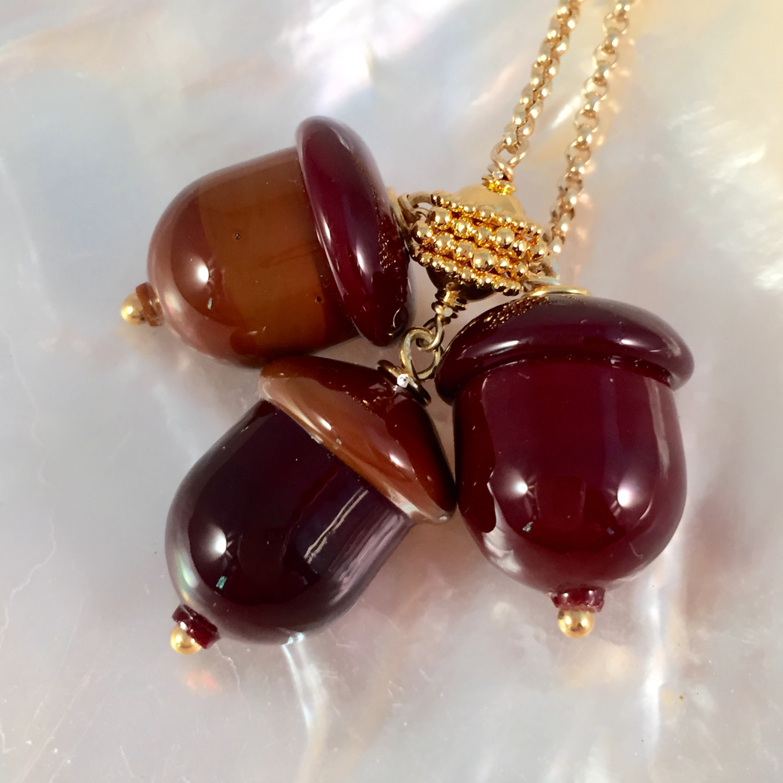 Gold fall acorn lariat