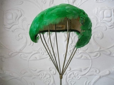 Cocktail Feather Green 1950's Skull Cap
