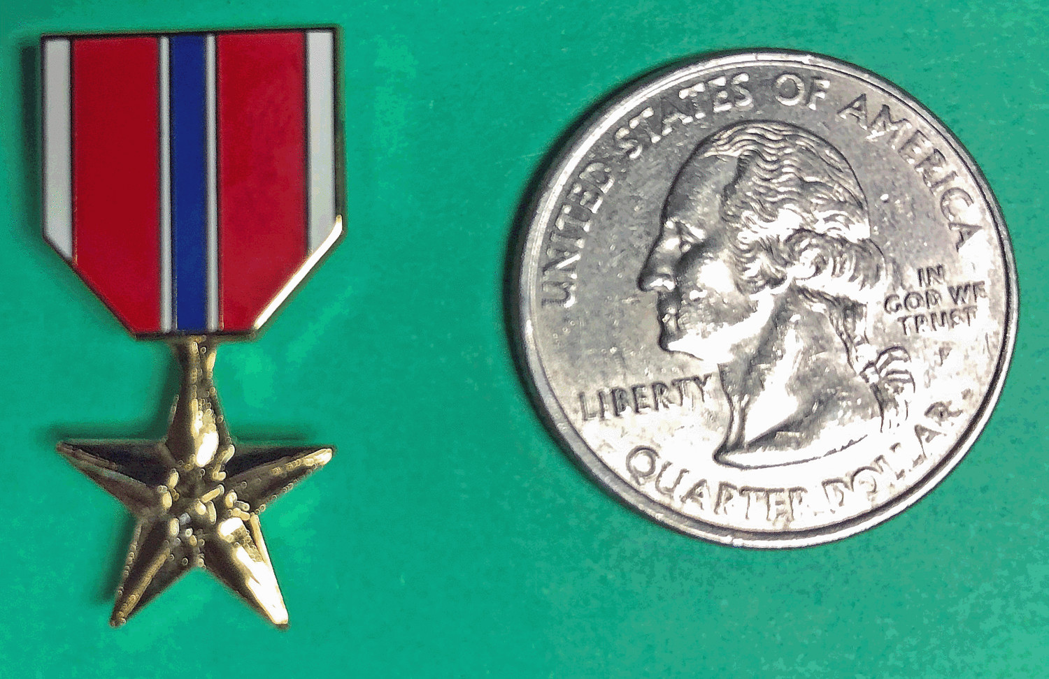 Lapel Pin, Bronze Star Medal, miniature
