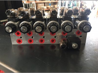 ELECTRICALLY  CONTROLED HYDRAULIC OIL CONTROL  MANIFOLD 80-100 LPM CHERRY PICKER / TRUCK