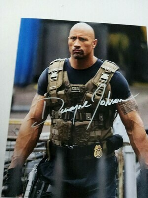 FOTO Dwayne Johnson DSS Tactical Vest Fast & Furious  Autografata Signed + COA Photo Dwayne Johnson DSS Tactical Vest Fast & Furious  Autografato Signed
