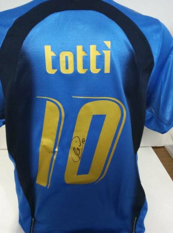 Maglia ITALIA WORLD CUP 2006 GERMANY  Francesco Totti 10 Autografata Signed wich COA certificate Italy World cup 2006  TOTTI   Signed with coa