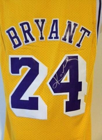 Kobe Bryant Jersey Replica Autografata Signed Autografata Signed Kobe Bryant JErsey Lakers Los Angeles COA certificate Jersey Byant Signed Maglia Jersey Nba Signed Kobe Bryant