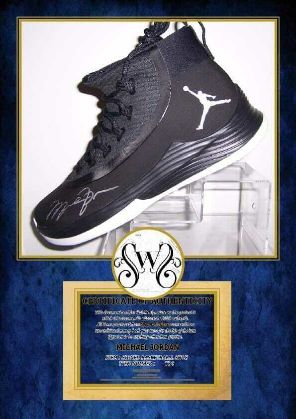 Michael Jordan SCARPA Nba Autografata  Signed Michael Jordan 23 SHOE AIR JORDAN with COA certificate