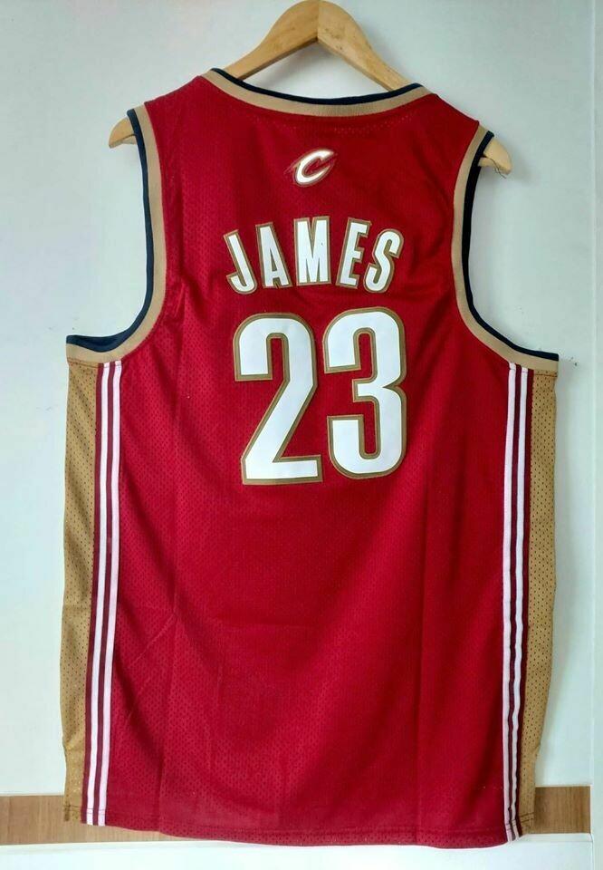 LE BRON JAMES CLEVELAND CAVS   BASKETBALL NBA