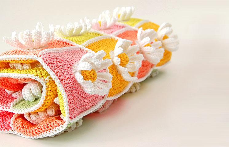 CROCHET PATTERN: Daisy Blanket