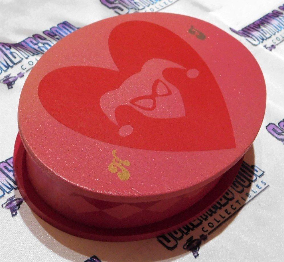 Harley Quinn Pink Oval Box