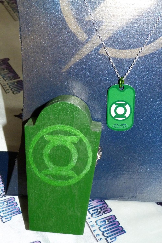 Green Lantern Coffin w/Necklace