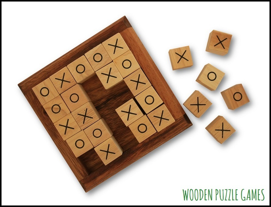 Tic Tac Toe Game, 5x5 - 4x4 and 3x3 Variant