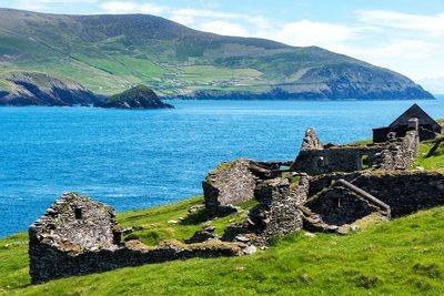ST PATRICK'S DAY - 7 Day  Escorted Tour Around Ireland. March 16th - 22nd. 2021