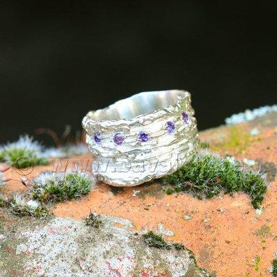 Ring in massief zilver met 5 briljant amethist - Ralf De Burchgrave (België) - Maat57