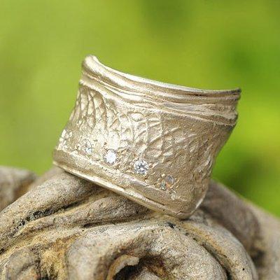 Ring in massief zilver met 5 briljantjes zirkonium - Ralf De Burchgrave (België) - Maat59