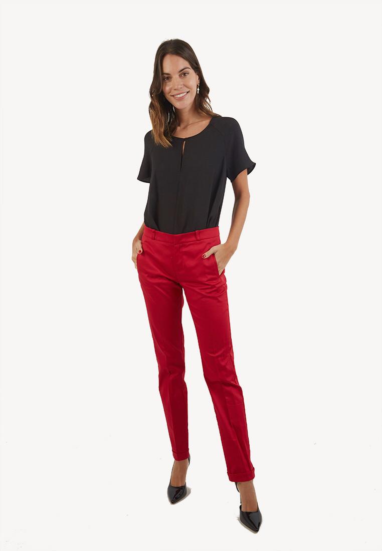 Pantalon Rojo Pitillo con Doblez