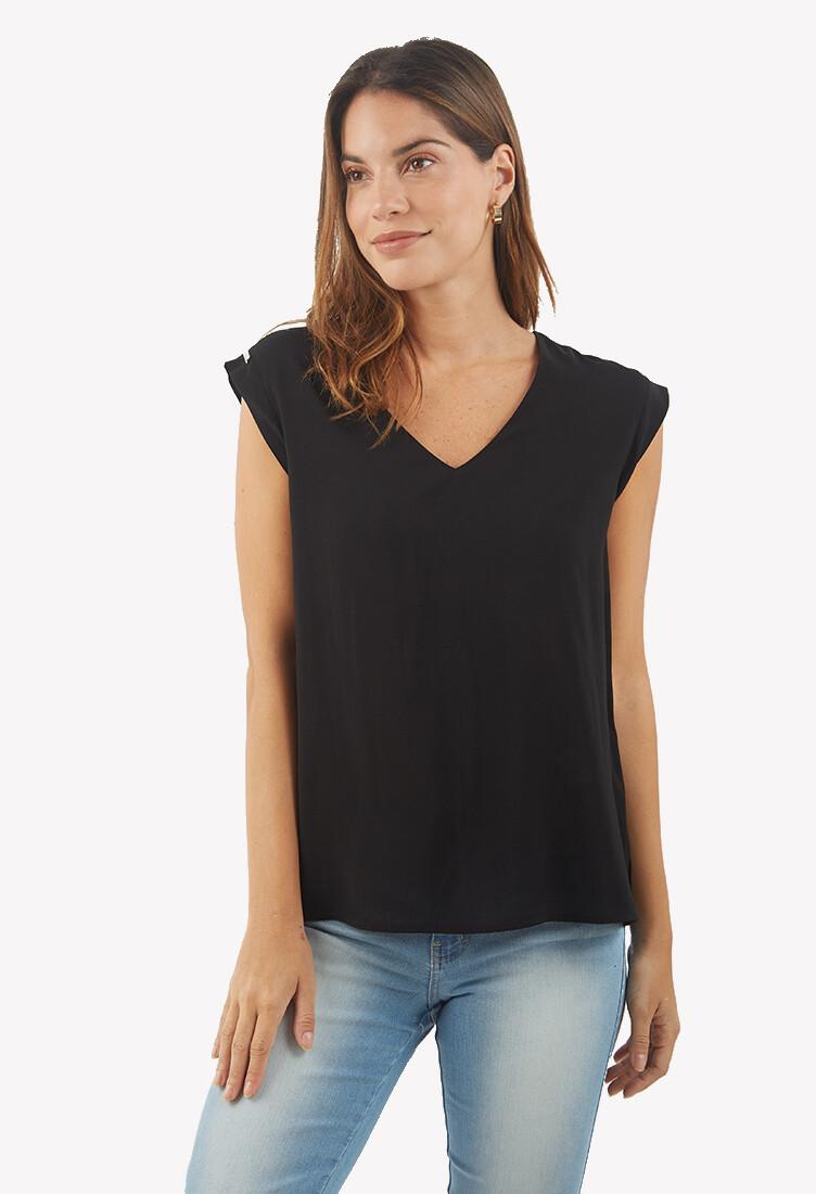 Blusa cuello en V color negro