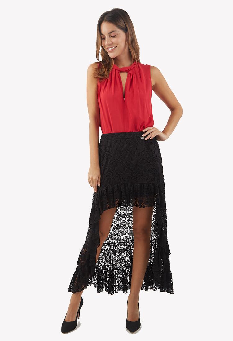 Falda color negro con encaje