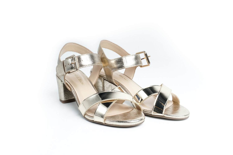 Sandalias color oro