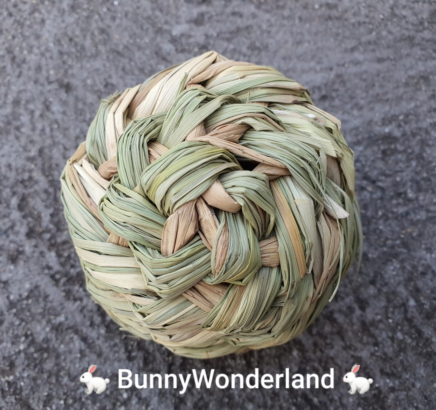 Grass Hay Ball with Bell 10cm