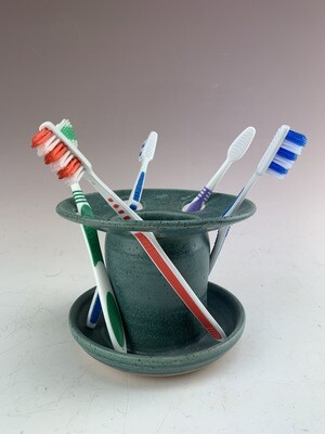 Toothbrush Holder/Ben