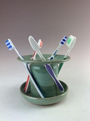 Toothbrush Holder/Evelyn
