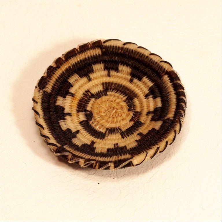 Tohono O'odham Black & White Circular Design Horse Hair Basket GA170120
