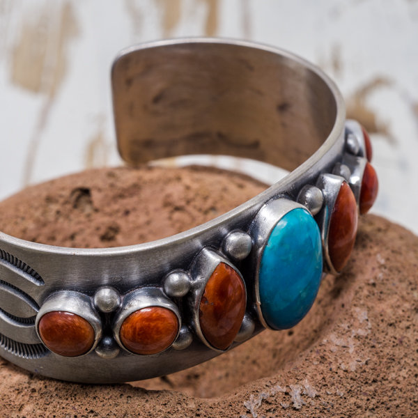 Campitos Turquoise & Spiny Oyster Bracelet - Side View