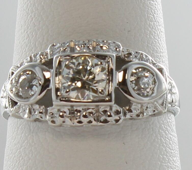 14KT ART DECO DIAMOND RING