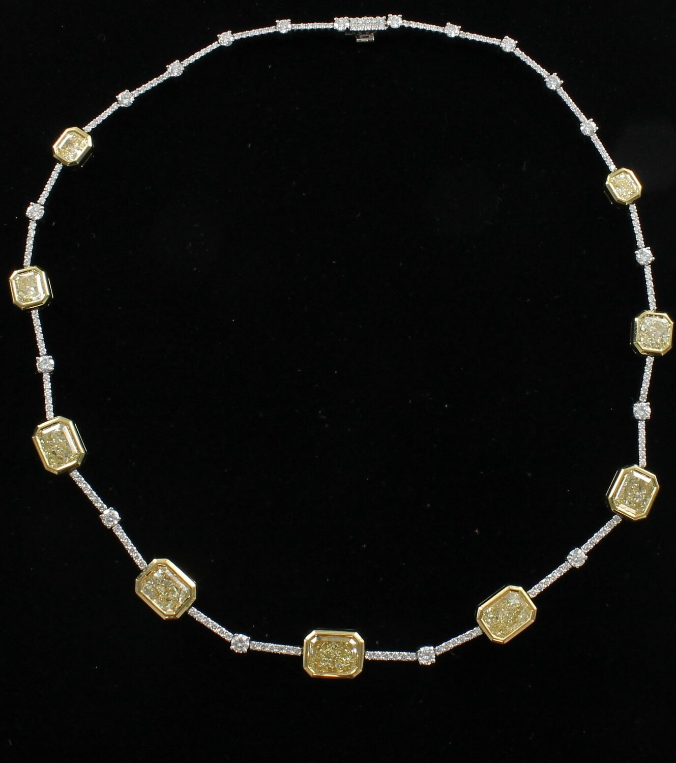 18KT AND PLATINUM NECKLACE WITH 16.0 CT TW OF FANCY YELLOW DIAMONDS & 4.0 CT TW OF WHITE DIAMONDS