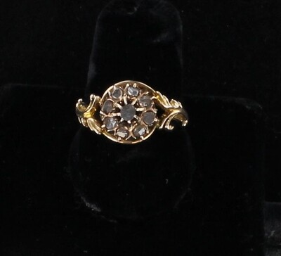 10KT ROSE CUT DIAMOND RING CIRCA 1900