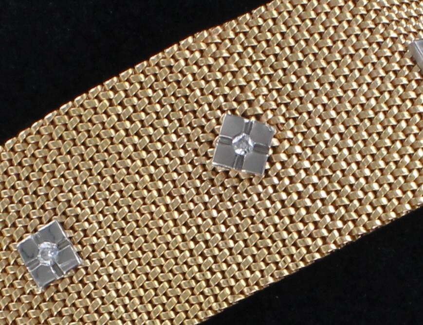 18KT BRACELET WITH DIAMONDS