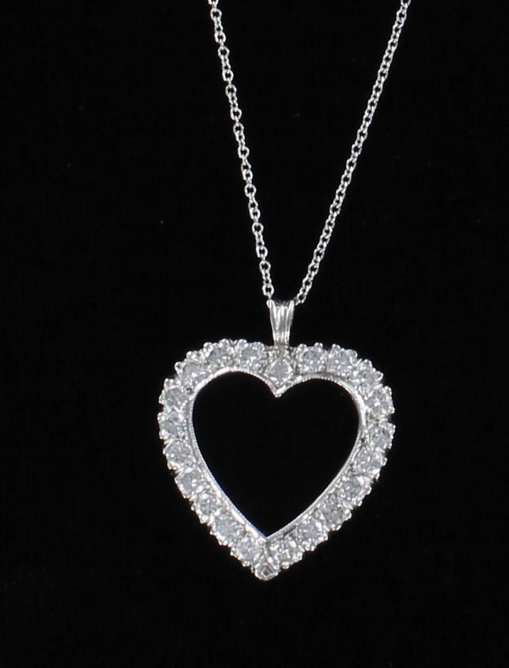 14KT 1.70 CT TW DIAMOND HEART PENDANT