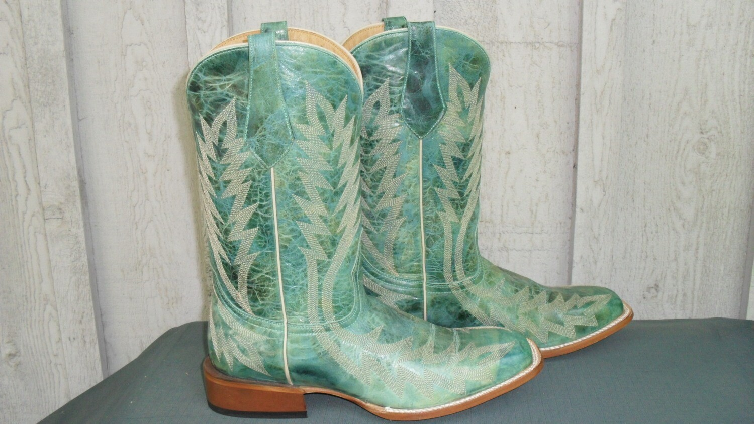 """Johnny Ringo boots from their Legacy Collection...""""Imitators of None"""""""