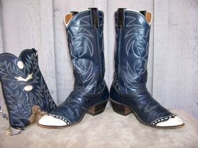 Vintage Nocona ... awesome to wear your style!!