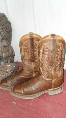 Love the 'age' on these Lucchese 2000 boots!