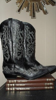 Cowboy Pro boots....handmade and high quality!