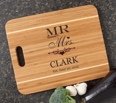 Personalized Cutting Board Engraved 15x12 Handle DESIGN 21
