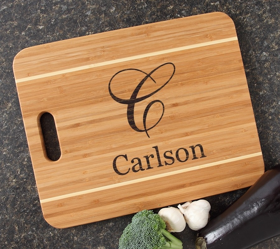 Personalized Cutting Board Engraved 15x12 Handle DESIGN 3
