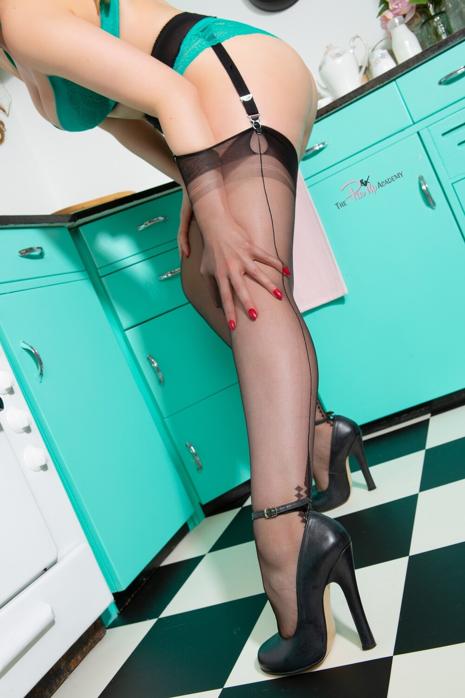 Frankii Wilde Kitchen tease