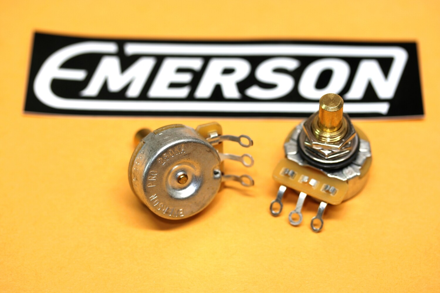 """250K-OHM EMERSON PRO CTS (AUDIO TAPER – 0.375"""" Short Solid Shaft"""