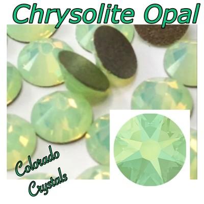 Chrysolite Opal 12ss 2088