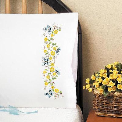 Дизайн для машинной вышивки Бабочки в саду - 2 размера
