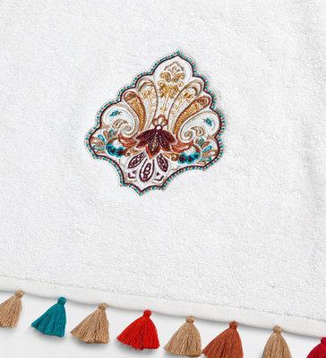 Бесплатный Дизайн машинной вышивки Индийский декор - 2 размера