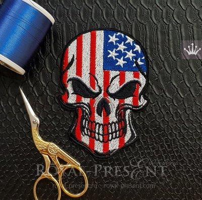 Дизайн машинной вышивки Американский Флаг Череп