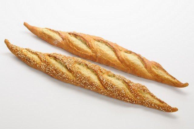 Dekorationsbrød - Flutes.  L50 cm. Prisen er pr. stk.