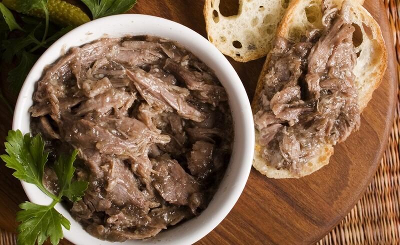 Rillons z kachní konfit, 20% blok Foie Gras