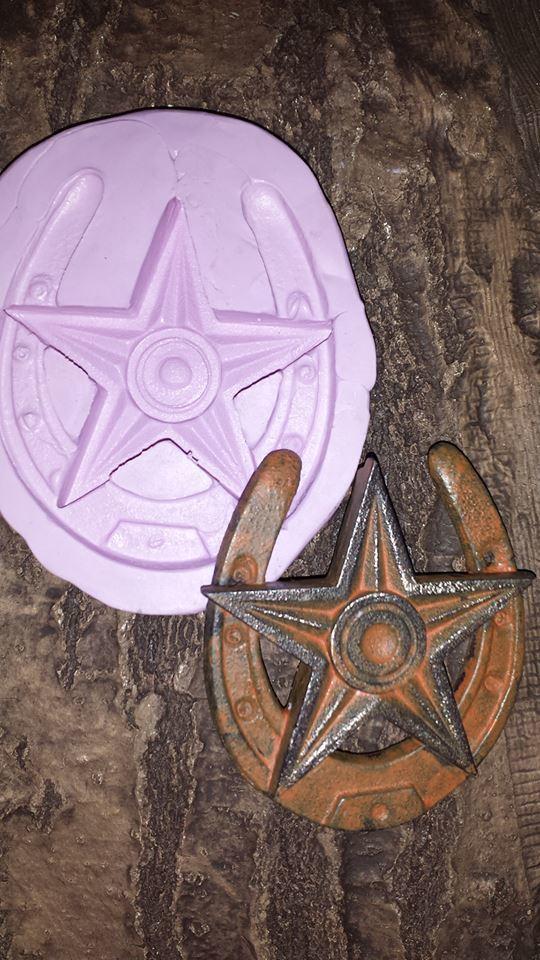 Horseshoe with Star Mold (Lg)