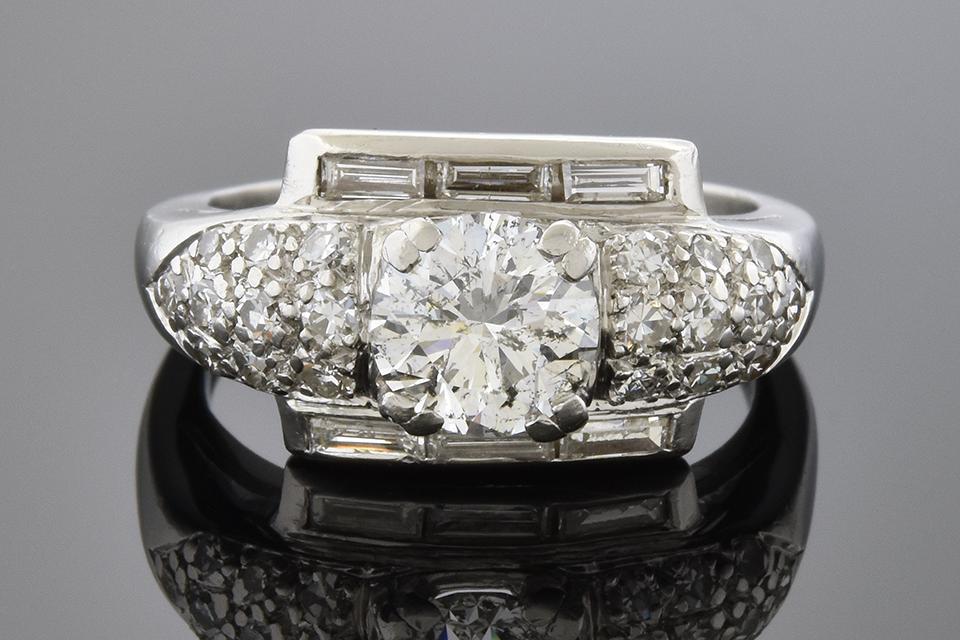 Baguette Framed Round Diamond Ring