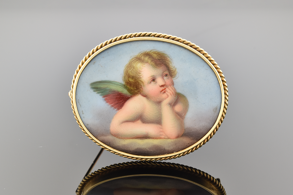 Victorian Cherub Brooch with Rope Frame