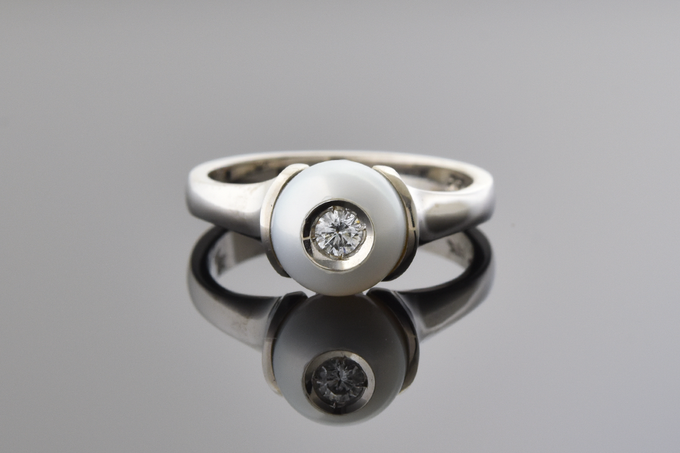 Freshwater Pearl Ring With Diamond Center